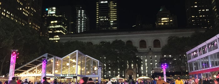 Bryant Park is one of Lugares favoritos de Magaly.