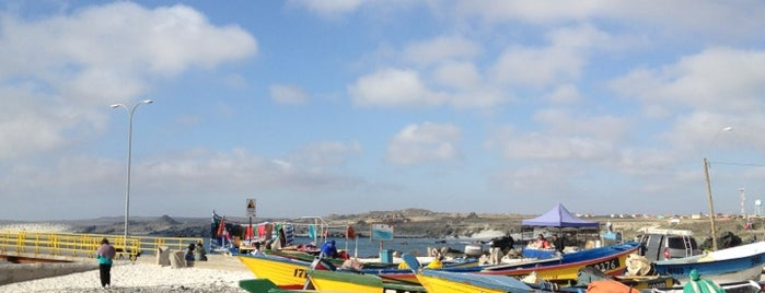 Caleta San Agustin is one of Places to go back.