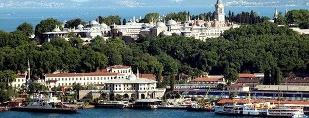 Topkapı Sarayı Müzesi is one of İstanbul'da Gezilmesi-Görülmesi Gereken Mekanlar.