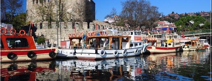 Anadolu Hisarı is one of İstanbul'da Gezilmesi-Görülmesi Gereken Mekanlar.
