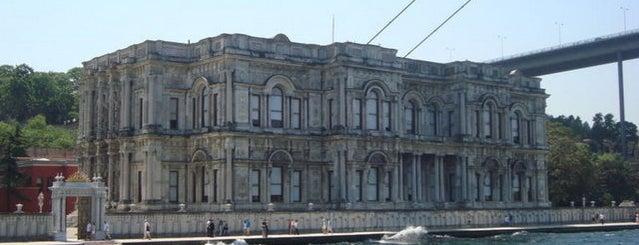 Beylerbeyi Sarayı is one of İSTANBUL.
