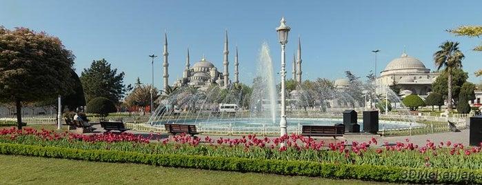Sultanahmet is one of İstanbul'da Gezilmesi-Görülmesi Gereken Mekanlar.
