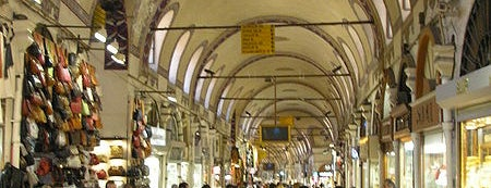 Bazar Besar is one of must visit places in istanbul.