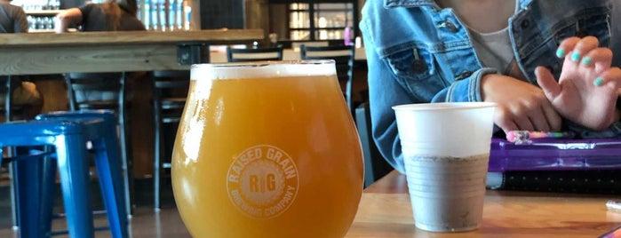Raised Grain Brewing is one of สถานที่ที่ Jen ถูกใจ.