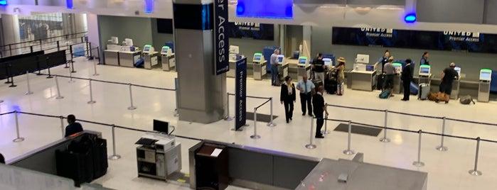 Terminal C TSA Pre-Check is one of Tempat yang Disukai Samah.