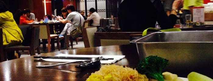 長春素食 is one of Tempat yang Disimpan Cheryl.