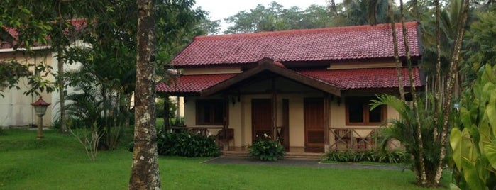Kalibaru Cottages is one of RizaL's Saved Places.