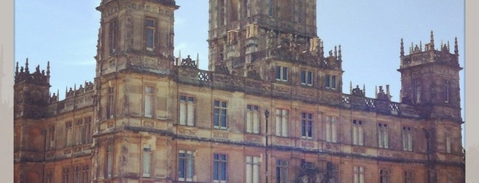 Highclere Castle is one of Locais salvos de Sevgi.