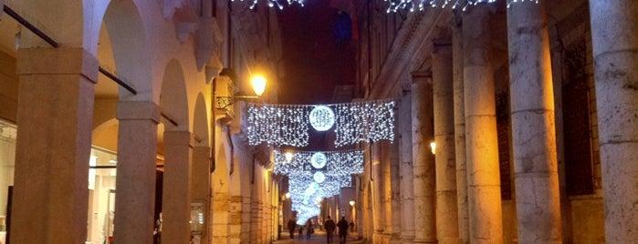 Corso Palladio is one of Venue da sistemare.