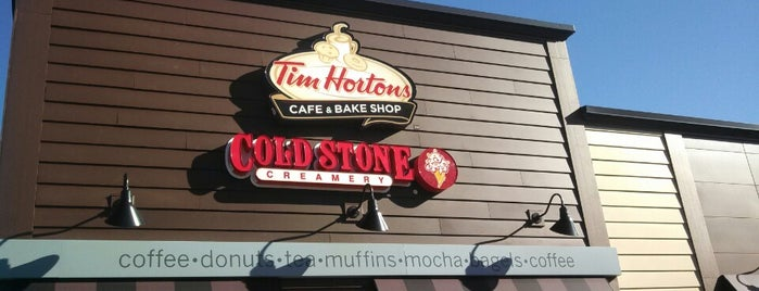 Tim Hortons is one of Karenさんのお気に入りスポット.