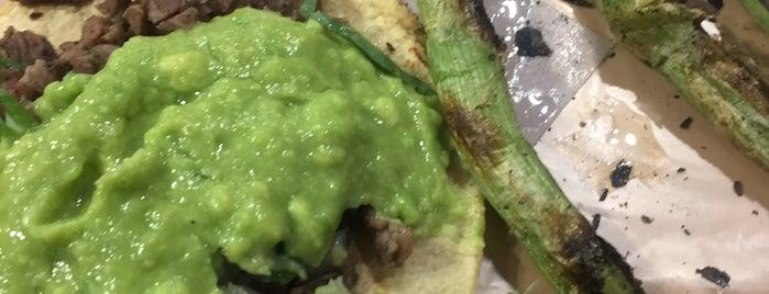 tacos del mirador is one of Estudihambre.