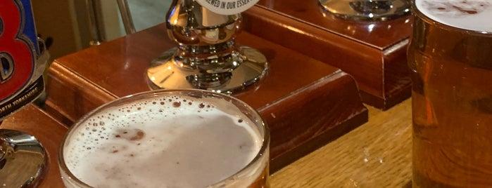 The Devonshire Arms is one of Posti che sono piaciuti a Carl.