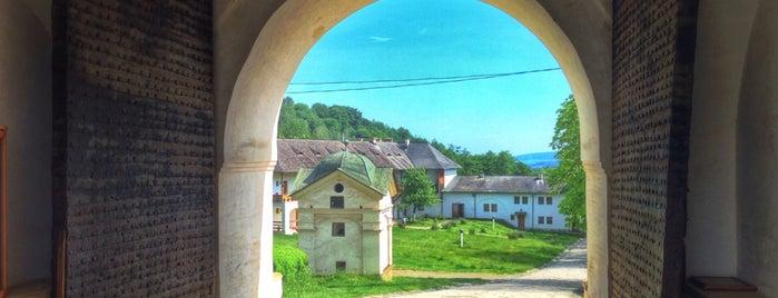 Mânăstirea Horezu / Hurezi is one of Lugares favoritos de Matei.