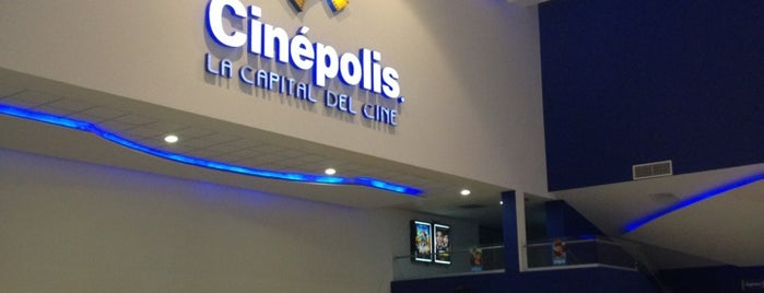 Cinépolis is one of Locais curtidos por Majo.
