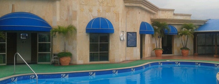 Hotel Dann Carlton Bucaramanga is one of Mauricio'nun Beğendiği Mekanlar.