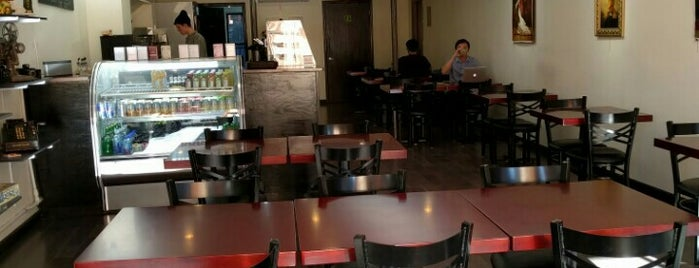 Silver Lining Cafe is one of Locais curtidos por Jonathan.