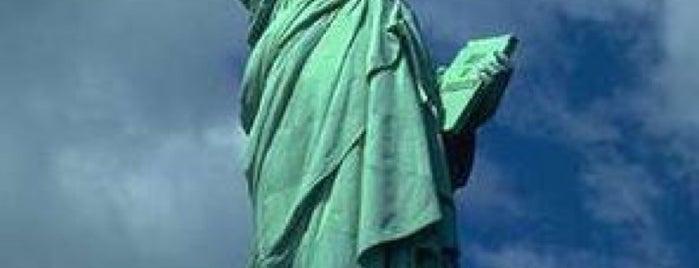 Estatua de la Libertad is one of NY2015.