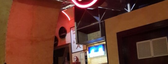 06 Café is one of Willy'in Beğendiği Mekanlar.
