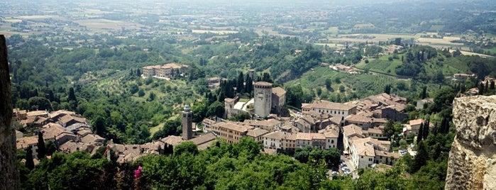Rocca di Asolo is one of i diari della Lambretta.
