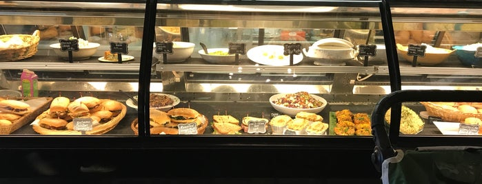 Annie's Gourmet To Go & Caterers is one of Welcome to New Hope.