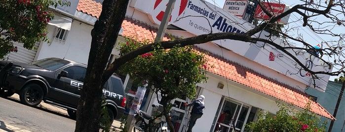 Farmacias del Ahorro is one of Locais curtidos por Stephania.