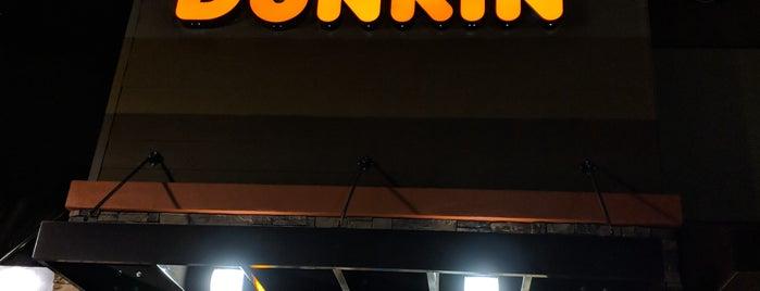 Dunkin' is one of Posti che sono piaciuti a Juan.