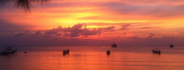 Sairee Beach is one of Thaïlande.