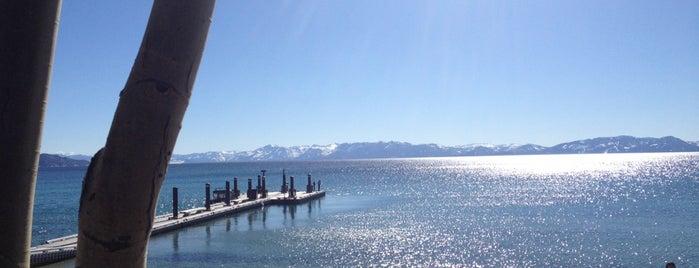 Hyatt Regency Lake Tahoe Resort, Spa And Casino is one of Lieux qui ont plu à Jeff.