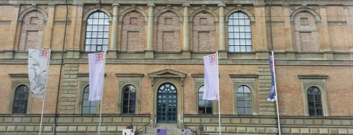 Alte Pinakothek is one of ベスト美術館.