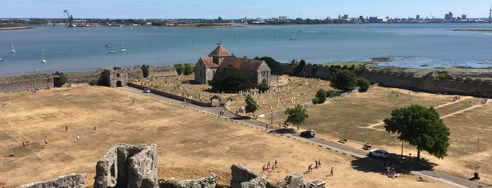 Portchester Castle is one of Lugares guardados de Dewald.