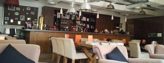Café Retro is one of DUBAI.