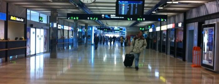Aeropuerto de Zagreb (ZAG) is one of Airports Europe.