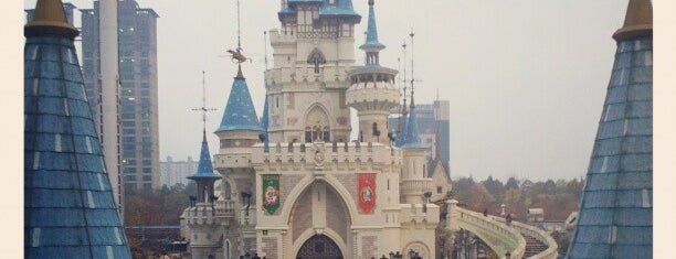 Lotte World Adventure is one of Seoul.