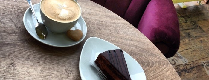 EYGA Cafe is one of Nereye gitsek.