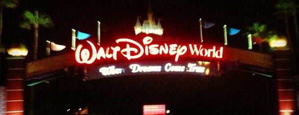 Walt Disney World Sign is one of Disney October 2016.