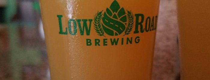 Low Road Brewing is one of Orte, die Julie gefallen.
