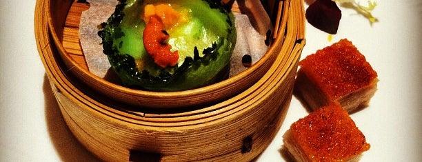 Shang Palace is one of hong kong 2014 michelin stars.