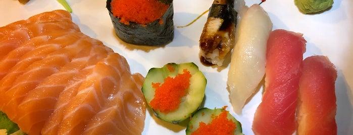 Ichiban Sushi is one of Lieux qui ont plu à Scott.