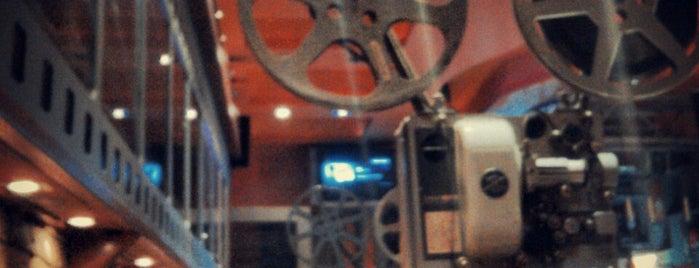 Movie is one of Posti che sono piaciuti a Strahinja.