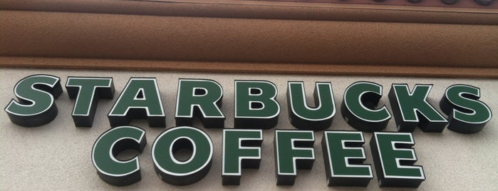Starbucks is one of Lieux qui ont plu à Heather.
