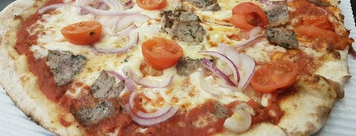 Pizza Street is one of Benjamin'in Beğendiği Mekanlar.