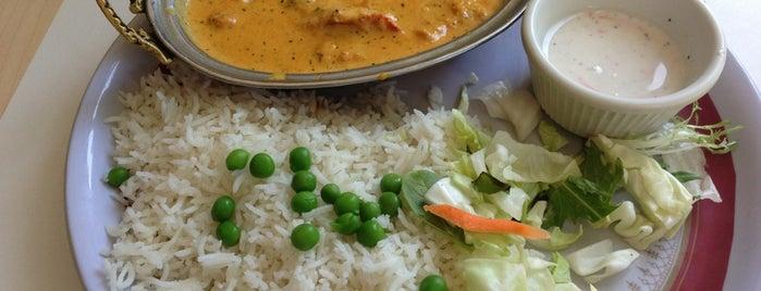 Sitar Indian Restaurant is one of Daniekaさんの保存済みスポット.
