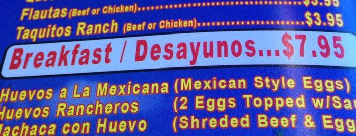 Tacos y Mariscos Casa Tabares is one of สถานที่ที่ Simon ถูกใจ.