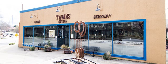 Twain's Brewpub & Billiards is one of 20 Fun First-Date Restaurants.