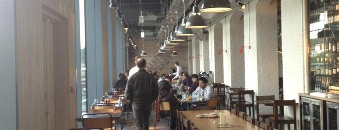 Dane's Yard Kitchen is one of Tim's Favorite Restaurants & Bars around The Globe.