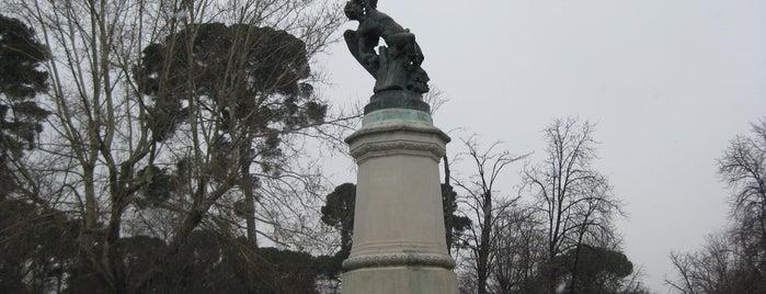 Monumento del Ángel Caído is one of Ruta Colorea Madrid para conocer el Retiro.
