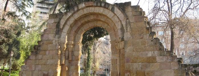 Ruinas de San Isidoro is one of Ruta Colorea Madrid para conocer el Retiro.