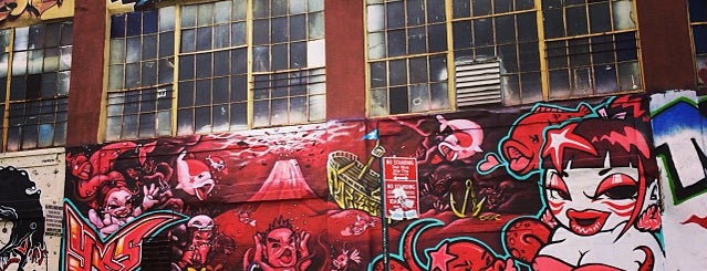 5 Pointz is one of Places To Visit.