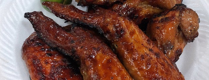 Chong Pang Huat Bbq Chicken Wing is one of MAC 님이 좋아한 장소.