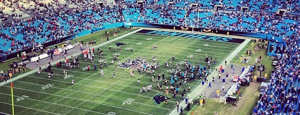 Bank of America Stadium is one of Meus lugares.